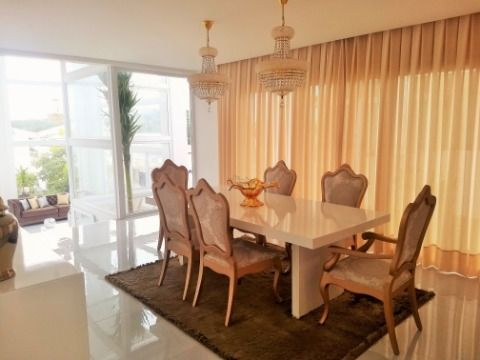 Casa em Condominio em Alphaville II - Salvador