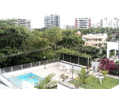 Casa em Condominio em Itaigara - Salvador