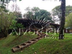 Casa pré madeira maciça 3 dormitórios. Itatiba-SP