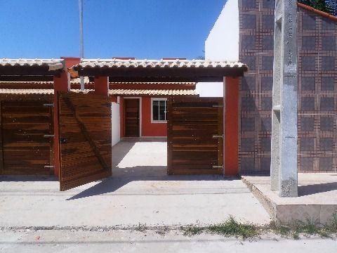 Ótima casa em Marica, 2qtos (sendo 1 suíte) .