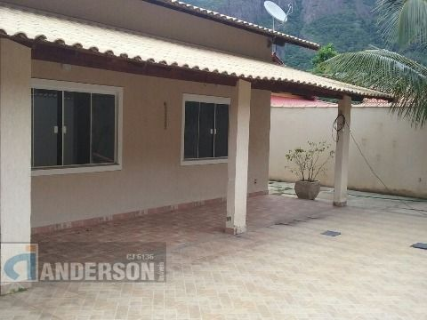 Casa 3qtos (1 suíte) com churrasqueira em Itaipuaçu