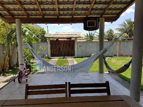 Casa em Itaipuaçu 2qtos (1 suíte) terreno inteiro 440m²