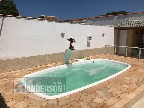 Casa em Itaipuaçu 3qtos (1 suíte), piscina e churrasqueira
