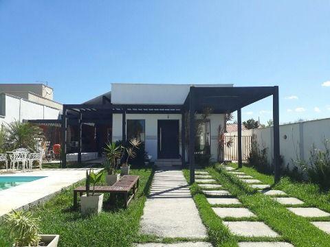Excelente casa 3Qtos 1 suíte c/ porcelanato, piscina e churrasqueira, Itaipuaçu