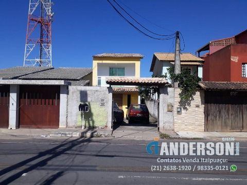 Casa em Itaipuaçu 2qtos (1 suíte), piscina, churrasqueira e acesso à praia