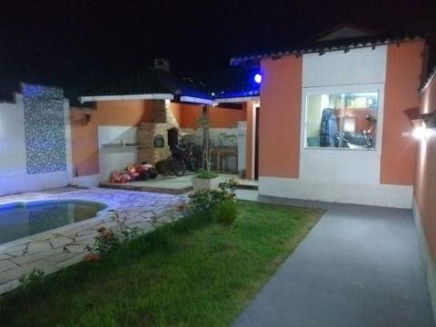 Excelente casa 3Qtos(sendo 1suíte) + anexo c/suite, churrasqueira, piscina em Itaipuaçu