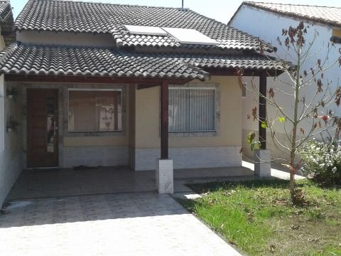 Casa 3 Qtos (sendo 1 suíte) em ótima localização em Itaipuaçu