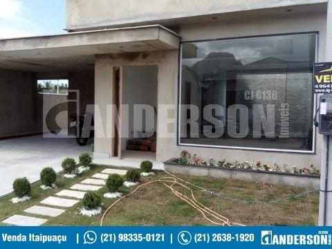 Casa de 3 Qts, Suíte, J. Inverno, Piscina, Churrasqueira. Cond. Fechado