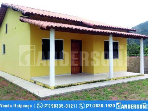 Casa em Itaipuaçu com Terreno Inteiro prox. a Rua 1