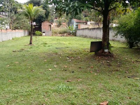 Ótimo Terreno em Itaipuaçu 960m²
