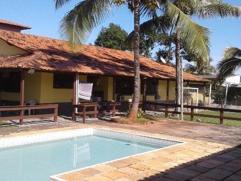 Excelente casa c/5Qtos 4suítes, piscina, churrasqueira e campo futebol em Itaipuaçu