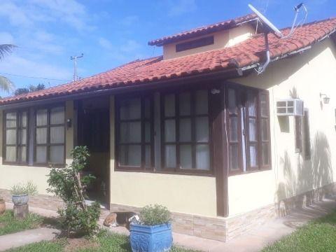 Ótima casa com 2 quartos(sendo 1 suite)