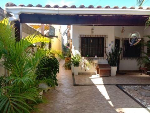 Ótima Casa em Itaipuaçu c/ 3Qtos (1 Suíte), Piscina e Churrasqueira