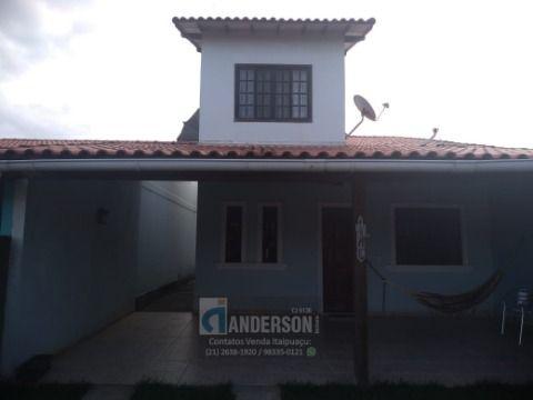 Excelente casa c/ 3 Qts, Suíte, Piscina, Churrasqueira a menos de 300m da Praia.