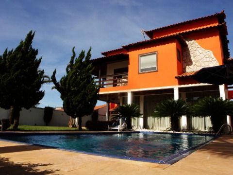 Bela mansão com 7 quartos c/ piscina, churrasqueira em terreno 800m² no Barroco Itaipuaçu
