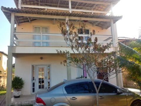 Ótima Casa Duplex em Itaipuaçu c/ 4Qtos (3suítes), rua asfaltada próx.  à praia, condução e centro comercial.
