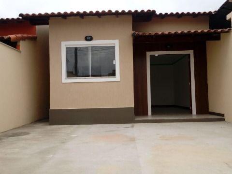 Casa 2Qtos c/churrasqueira, chuveirão, rua asfaltada no Jd. Atlântico Itaipuaçu
