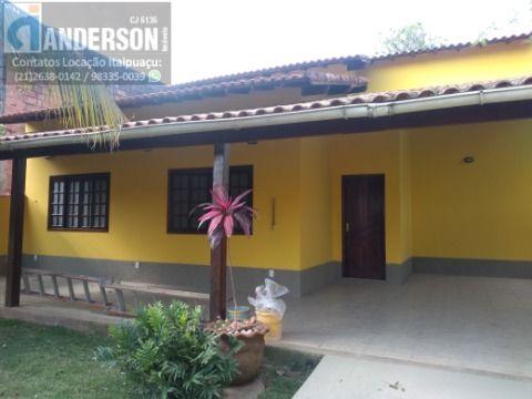 Excelente casa no condomínio Campo e Mar 2