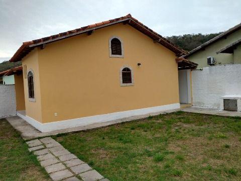 Casa 2 quartos c/quintal, rua asfaltada e água da CEDAE  no Jd. Atlântico Oeste Itaipuaçu
