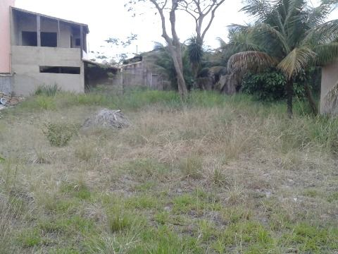 Terreno multifamiliar com 800m² no Barroco em Itaipuaçu