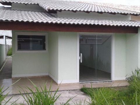 Ótima casa 2Qtos (1suíte) em rua asfaltada no Jd. Atlântico Itaipuaçu