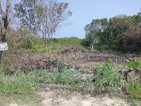 Terreno plano c/360m² em condomínio em Itaipuaçu