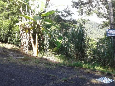 Terreno no condomínio Serramar no Recanto c/793m² em Itaipuaçu