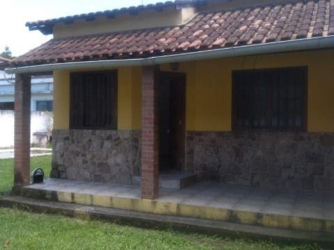 Excelente casa em Itaocaia Valey