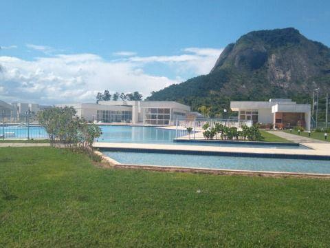 Excelente Terreno em Itaipuaçu c/ Ampla Área de Lazer, Piscinas em Cond. Fechado c/ Segurança 24H.