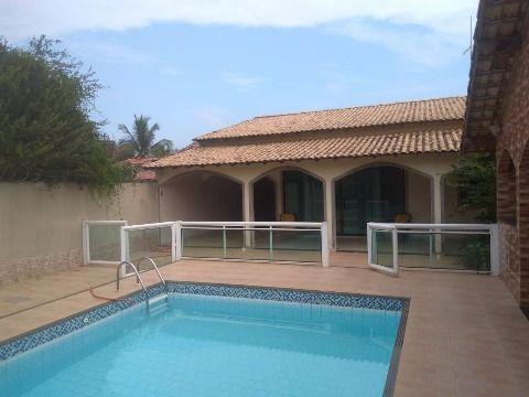 Excelente Casa em Itaipuaçu c/ 3Qtos (2 suítes), churrasqueira, piscina e sauna.