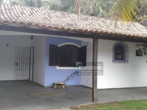 Casa no Recanto de Itaipuaçu com 4 Qtos (2 suítes) c/churrasqueira, 480m², próx. a praia