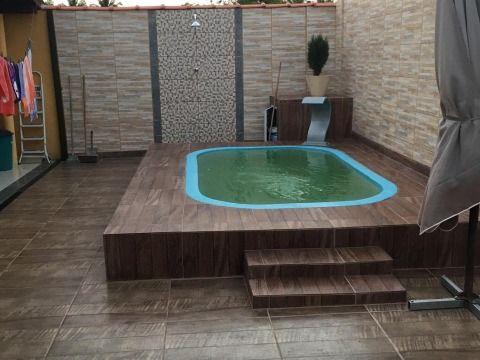 Ótima Casa em Condomínio Fechado c/ 2Qtos, piscina e churrasqueira próx. ao centro comercial.