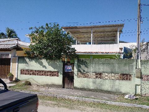 Casa 2 Quartos (1 suíte) dentro condomínio Alferes Tiradentes