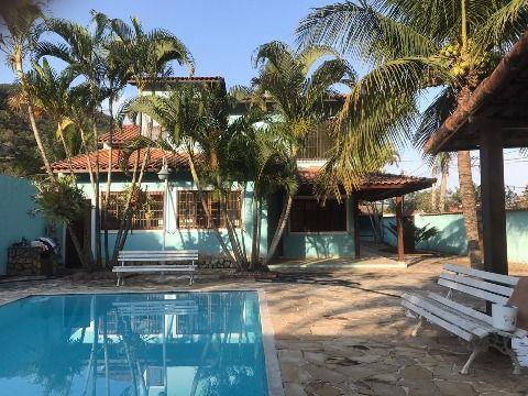 Excelente residência em Itaipuaçu c/ 3Qtos (2suíte), piscina e churraqueira.