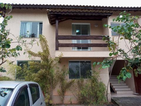 Excelente Apartamento em Inoã c/ 2Qtos (1 suíte) em Cond. c/ Área de Lazer e Churrasqueira.