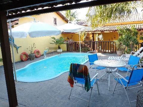 Excelente casa 2quartos c/piscina e churrasqueira em Itaipuaçu.