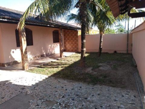Excelente Casa em Itaipuaçu c/ 2Qtos (1 suíte) e c/ mais 2 Suítes externas.