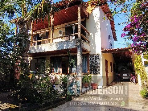 Maravilhosa casa no Recanto de Itaipuaçu com 5 suítes bem próxima a praia