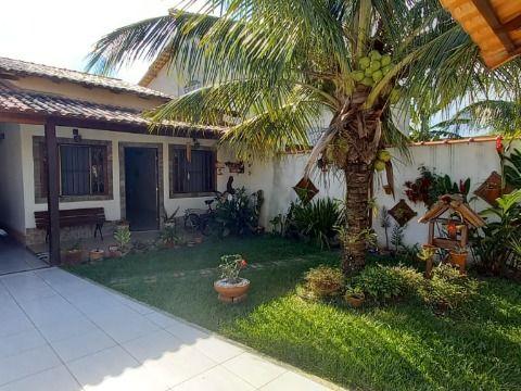 Excelente Casa em Itaipuaçu c/ 2Qtos (1 suíte c/ closet) e churrasqueira.