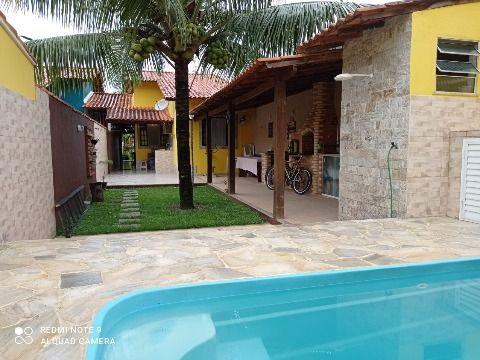Excelente Casa em Itaipuaçu c/ 2Qtos (1 suíte), c/ piscina, churrasqueira e chuveirão.