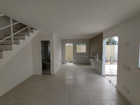 Casa Duplex c/ 2Qtos (1 suíte).