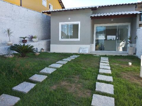 Excelente Casa em Cond. fechado c/ 2Qtos (1 suíte), ampla área de lazer e segurança 24h.