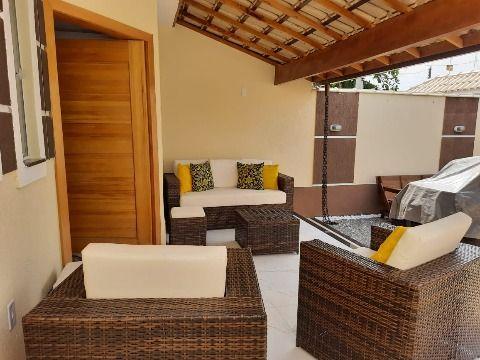 Excelente Casa c/ 2Qtos (1 suíte), piscina e área de churrasqueira e chuveirão.