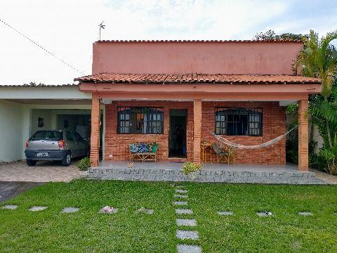 Casa 2 quartos em terreno de 439m² próximo a praia no Jd. Atlântico em Itaipuaçu.