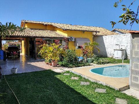 Ótima casa 2 quartos (1 suíte) com piscina em terreno 480m² no Jd. Atlântico