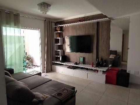 Apartamento de luxo com 2 Qtos (1 suíte) no São Bento da Lagoa.