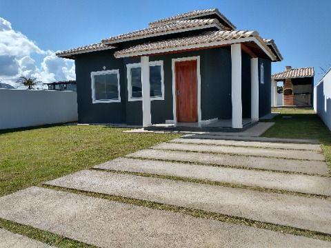 Casa 1ª locação no Jd. Atlântico 2 Qtos (1 suíte) em terreno de 480m² com churrasqueira