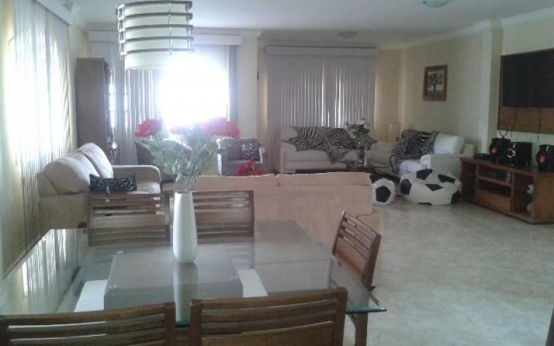 Sala de jantar / Sala de estar