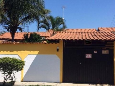 Casa em Itaipuaçu 2qtos (1 suíte) com piscina Prox. Ao Barroco