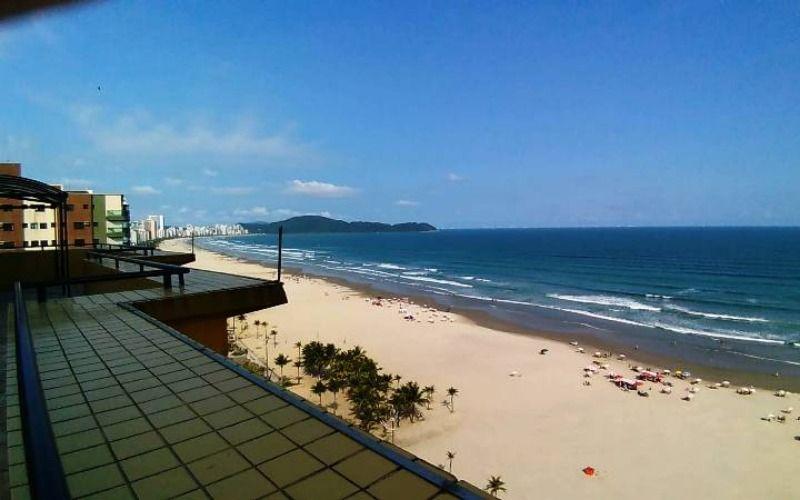 Apartamento em Praia Grande, frente ao mar, vista maravilhosa, mobiliado, piscina, salão de festas e jogos, churrasqueiras, ao lado de todo comérci...